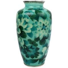 Japanese Green Plique-à-jour Enamel or Cloisonne Vase