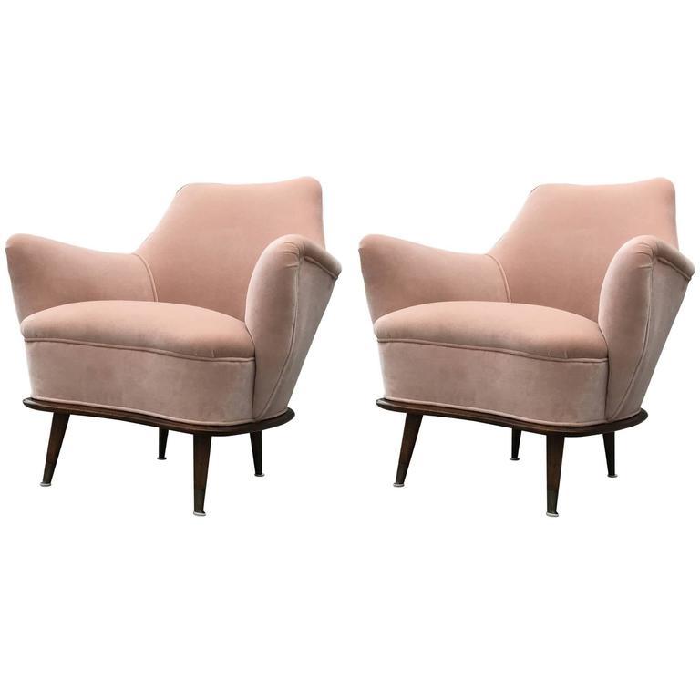 Lovely Modern Pair Of Blush Pink Velvet Italian Lounge