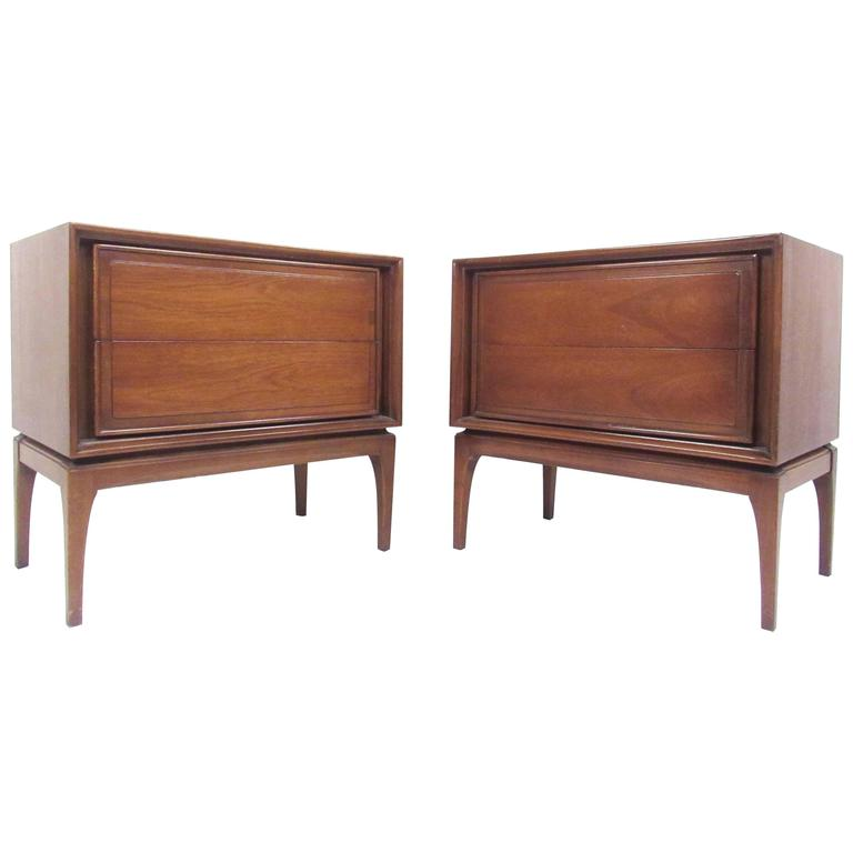 Pair Mid-Century American Walnut Nightstands