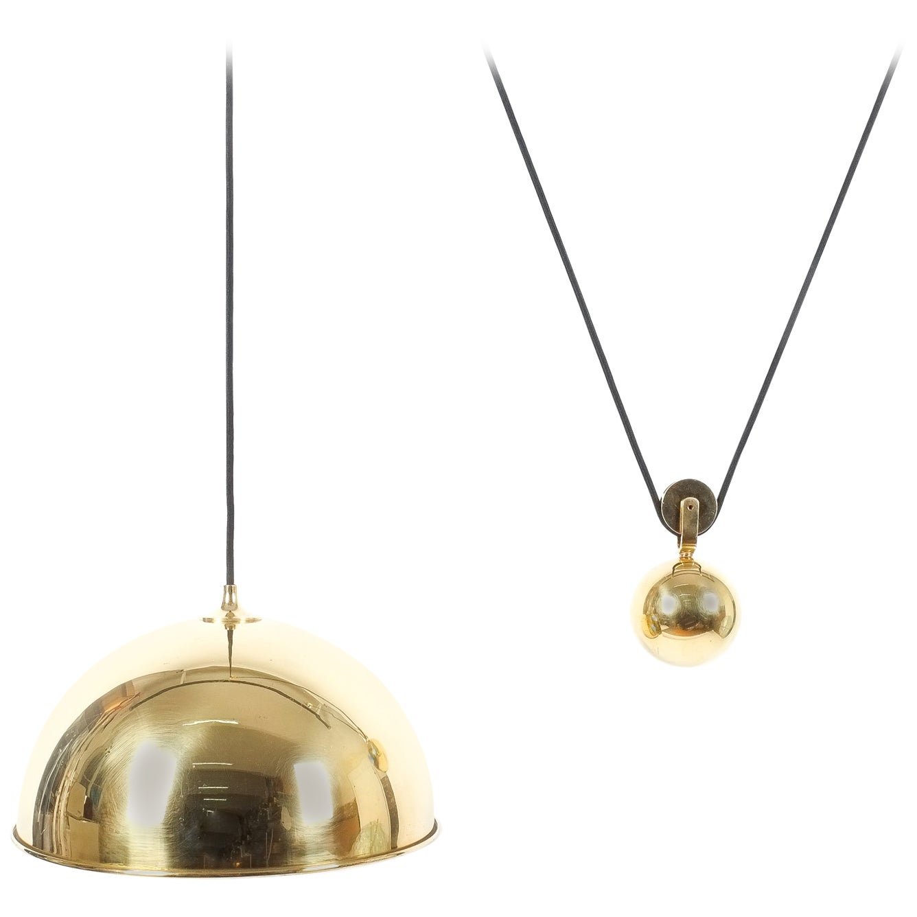 Adjustable Refurbished Brass Counterweight Pendant Lamp by Florian Schulz