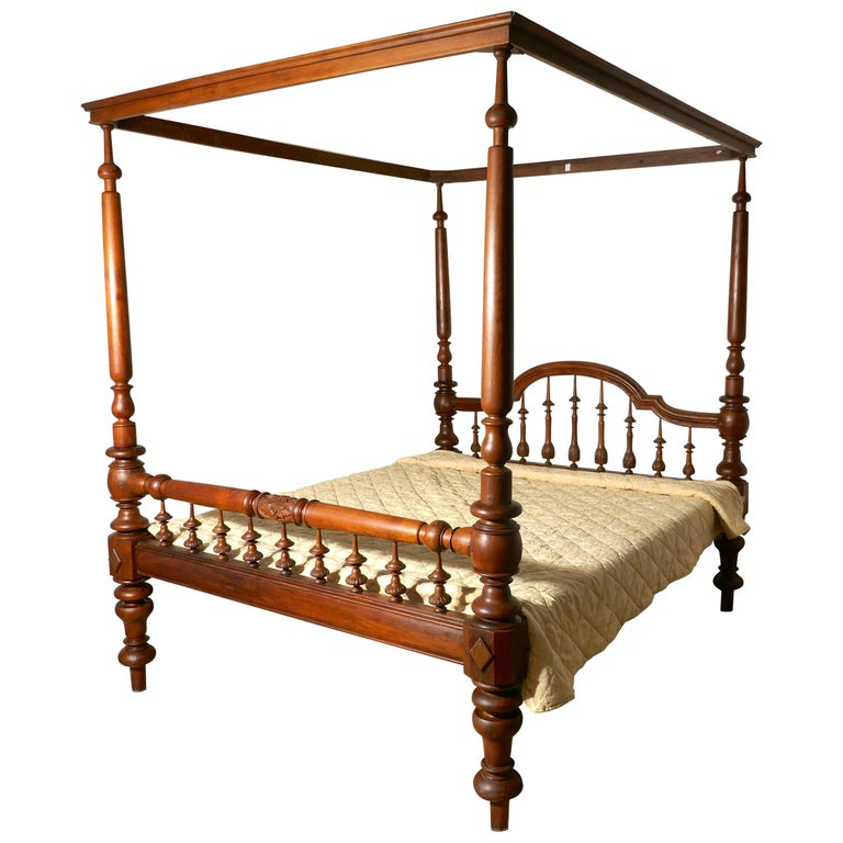 Colonial Raj Four Poster Bed, Anglo Indian Carved Four Poster Large Double Bed For Sale