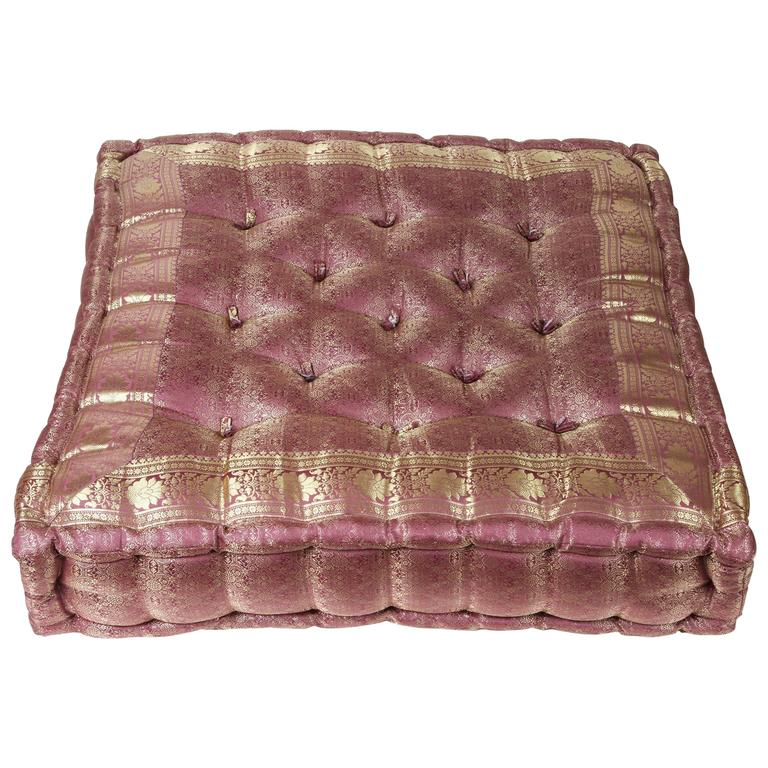 Oversized Silk Square Mauve And Gold Tufted Floor Yoga