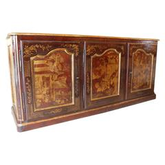 Sideboard Three Doors Eggueplant Color Lacquer with Gold Decor