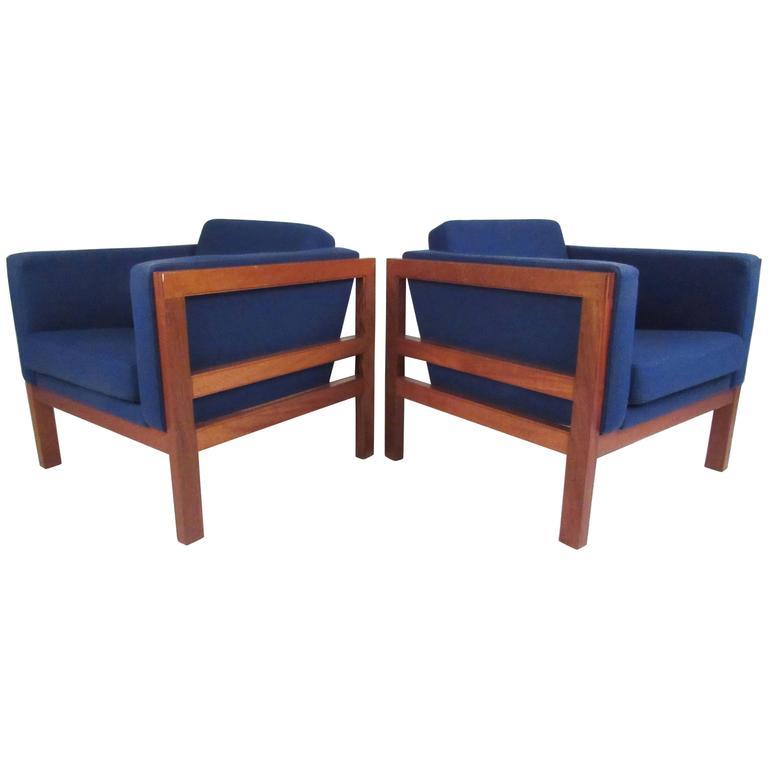 Pair of Scandinavian Modern Club Chairs by Otto Larsen for Ottsøborg Mobler
