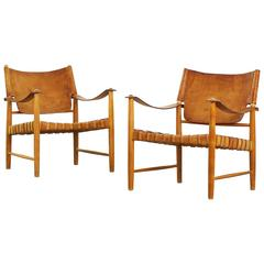 Beautiful Safari Lounge Chairs in the Style of Børge Mogensen, Hans J. Wegner