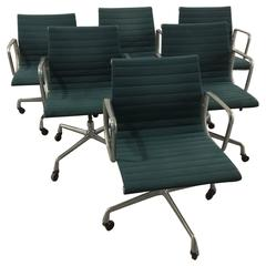 Eames Aluminum Group Executive Chairs in Green Fabric, 'Set of 6, Original 1978'
