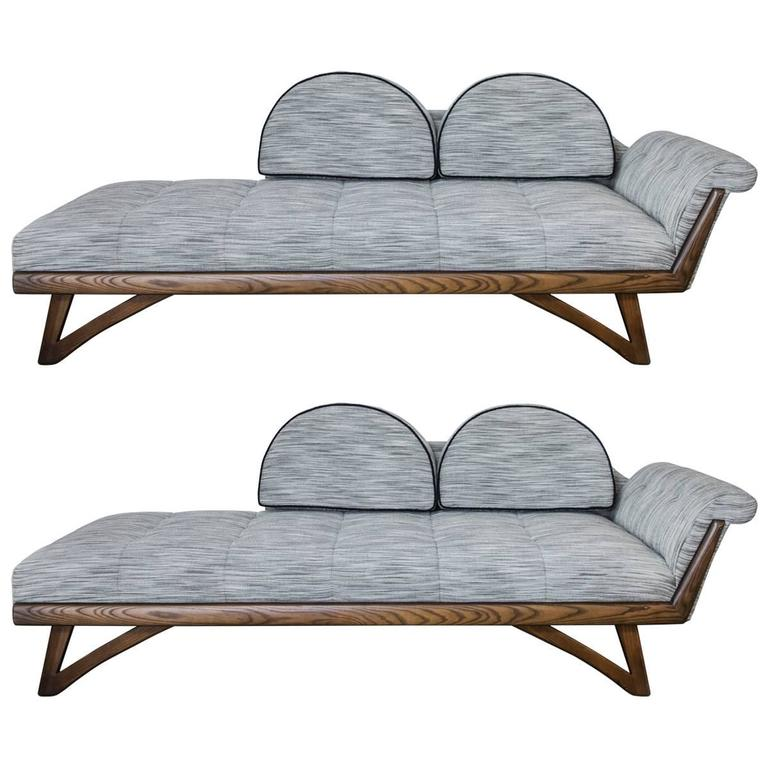 Pair of adrian pearsall chaise lounges with gondola style for Chaise longue frame