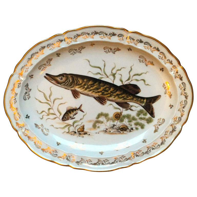 Limoges Gold and Porcelain Fish Set, 7 pieces, France