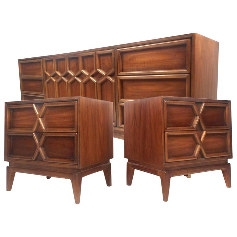 Mid century modern bedroom set by american of martinsville for American martinsville bedroom furniture