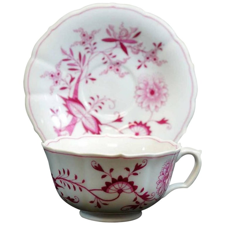 Meissen Pink Onion Cup and Saucer For Sale