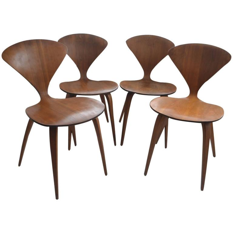 set of four vintage plywood and walnut chairs by norman cherner for plycraft 1