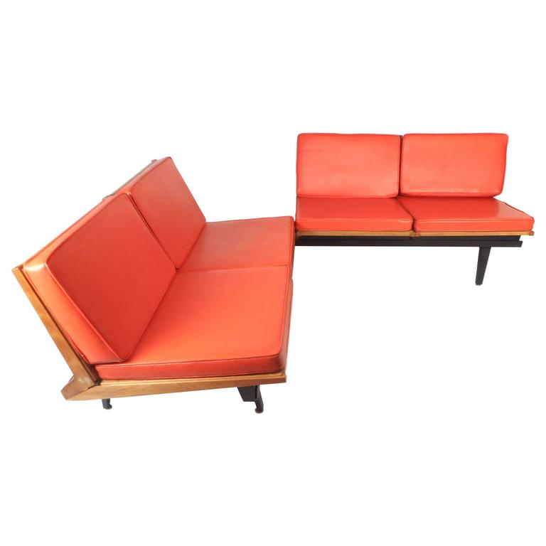 Mid Century Modern Lounge Chair Unit And Modular Table By