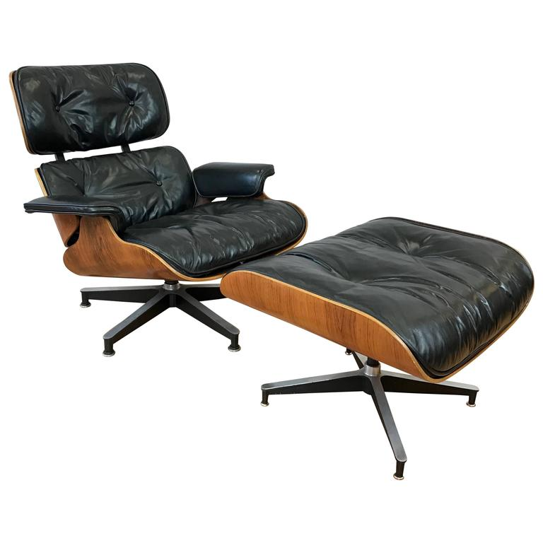 Vintage Eames Model 670 Lounge Chair and Ottoman in Rosewood and Black Leathe