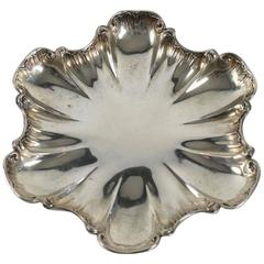 French Solid Silver Dish Resting on Three Feet, circa 1860