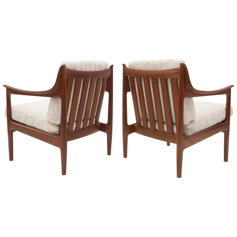 Pair Of Vintage Low Scandinavian Modern Lounge Chairs In Lambswool Upholstery For
