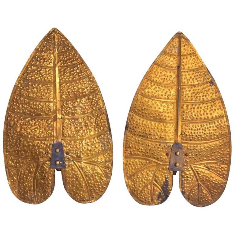 Pair of Art Deco Brass Leaves in the Style of Tommaso Barbi