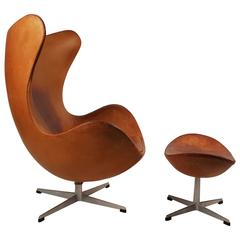 Arne Jacobsen Cognac Leather Egg Chair and Ottoman for Fritz Hansen