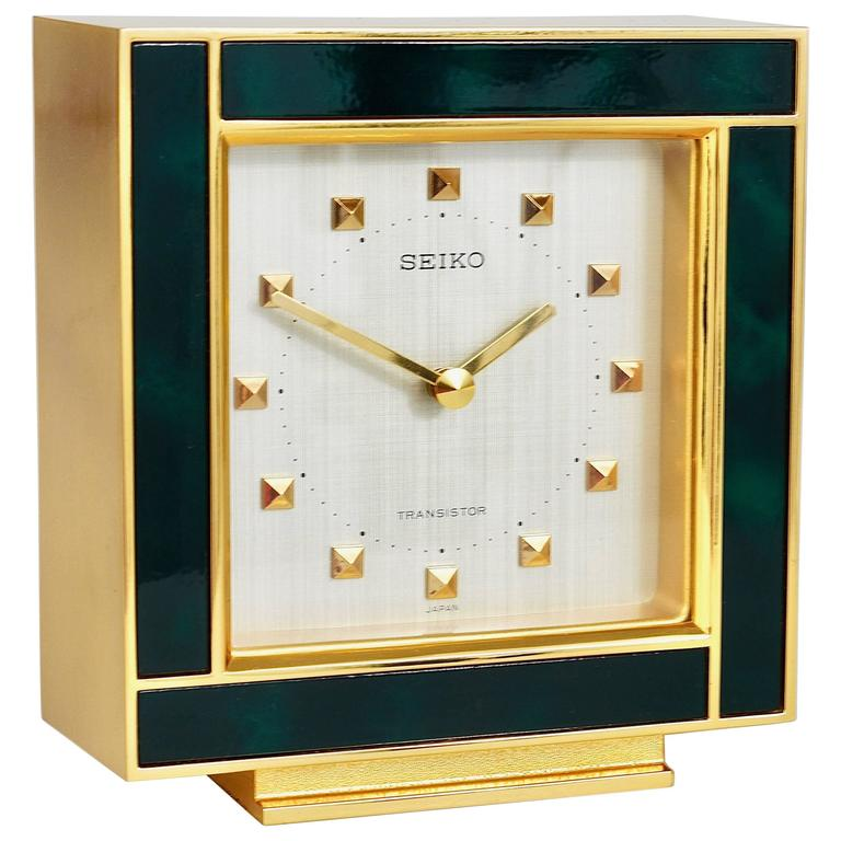 Elegant Beautiful Gold And Green Hollywood Regency Table Clock, Seiko, 1970s For  Sale