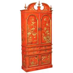 20th Century Spanish Lacquered and Gilt Wet Bar with Chinoiserie Decorations