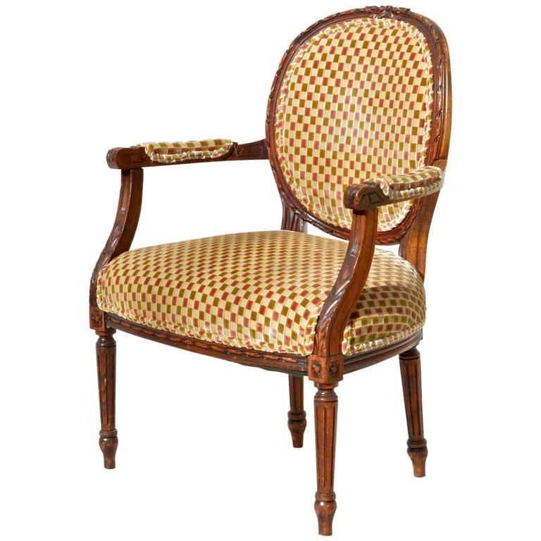 louis xvi fauteuil in cut velvet for sale at 1stdibs. Black Bedroom Furniture Sets. Home Design Ideas