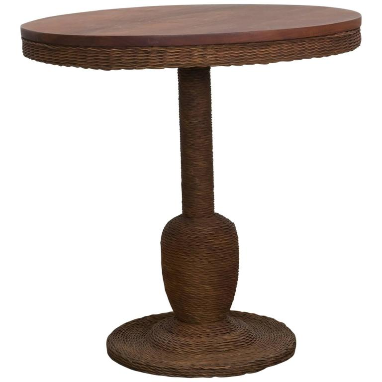 1900 American Wicker and Wood Pedestal Table For Sale