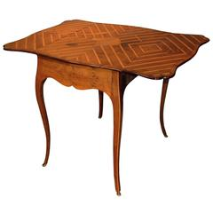 Rare Mid-18th Century Yew Wood Butterfly Pembroke Table