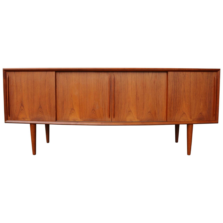 Arne Vodder Furniture: Desks, Credenzas & More 277 For Sale at 1stdibs