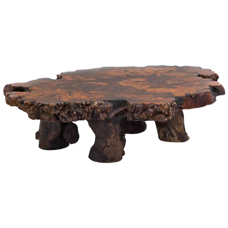 Etonnant Californian Redwood Coffee Table With Amber Inlay, 1960s For Sale