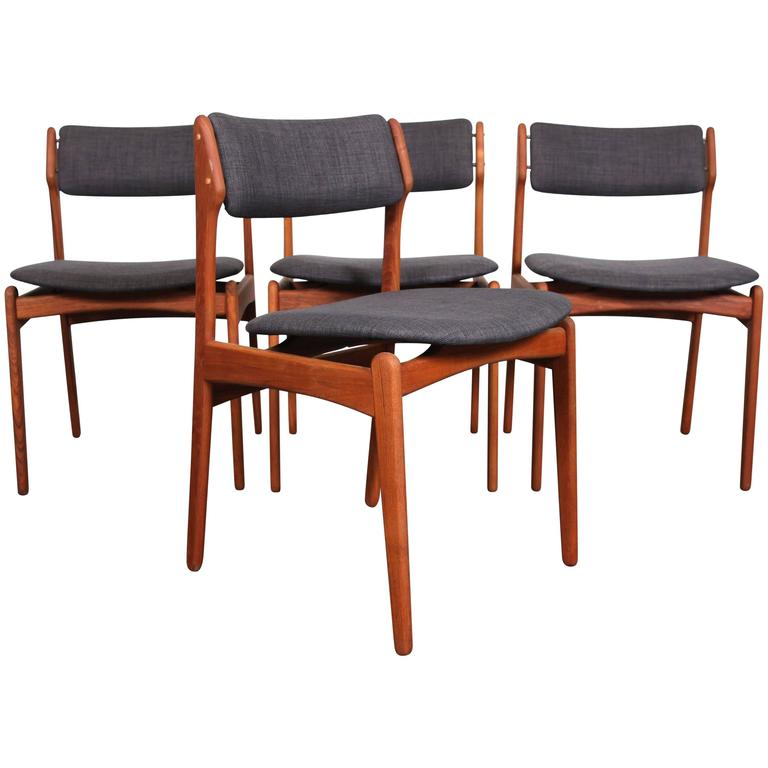 Erik Buch Mid-Century Teak Dining Chairs For Sale  sc 1 st  1stDibs & Erik Buch Mid-Century Teak Dining Chairs at 1stdibs