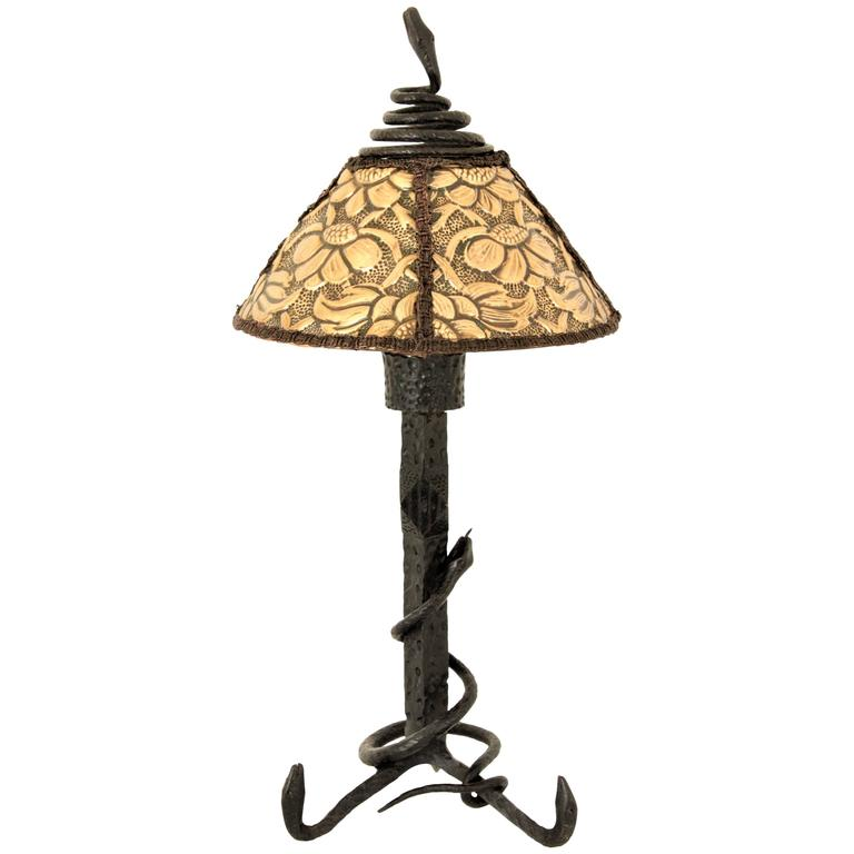 Antoni Gaudí Style Art Nouveau Wrought Iron And Brass Repoussé Table Lamp  For Sale
