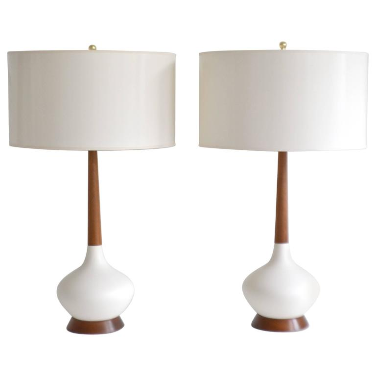 Pair of Mid-Century Ceramic Table Lamps For Sale