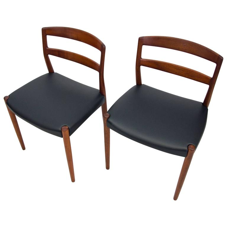 Pair of Danish Teak Dining or Accent Chairs, Willy Beck