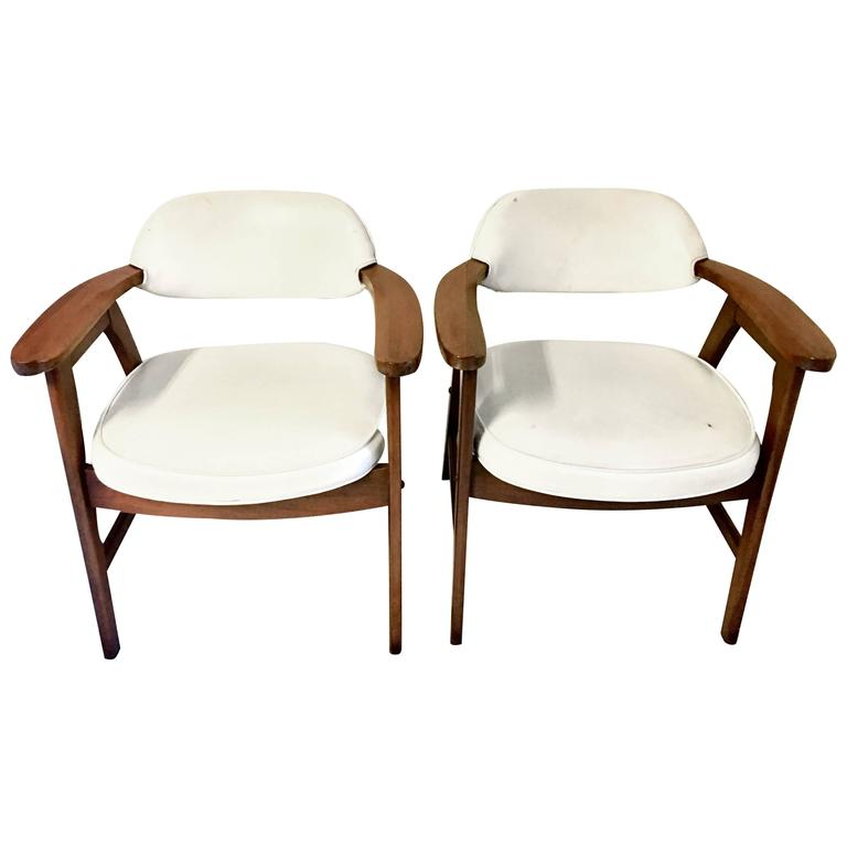 Pair Of Mid Century Modern Jerry Johnson Style Upholstered Armchairs For  Sale