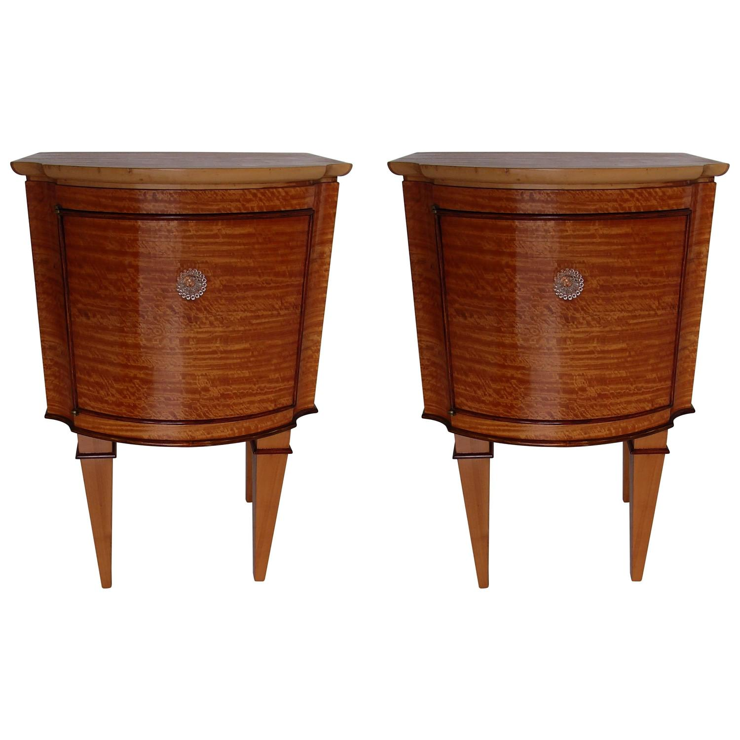 Side table with drawer and shelf - Pair Of Very Elegant 1940s Lemon Wood Side Tables Nightstands