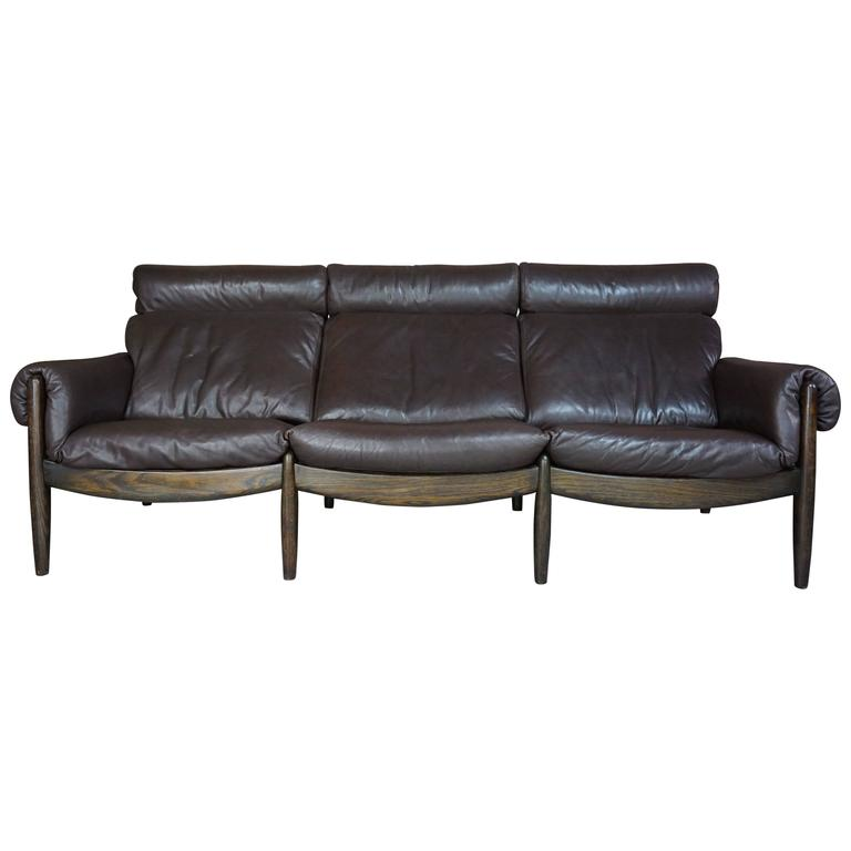 Scandinavian Three-Seat Sofa in Leather and Oak For Sale