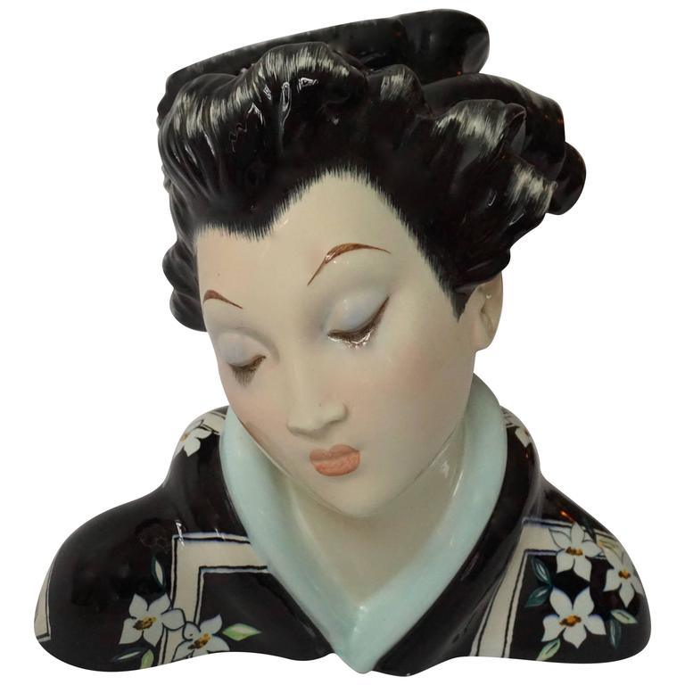 Japanese Porcelain Sculpture of a Geisha For Sale