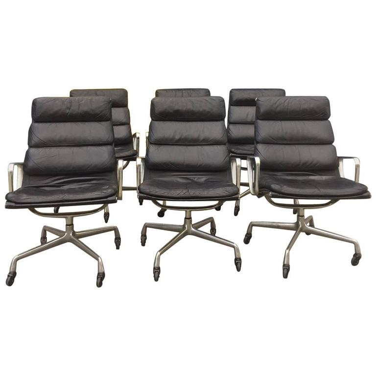 Eames For Herman Miller Soft Pad Lounge Chair On Casters 1