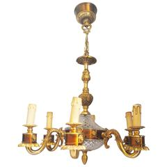 French Neoclassical Lions deChandelier in Gilt Bronze and Crystal, Six Arms