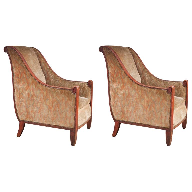 Maurice Dufrêne Pair of Sculpted Club Chairs