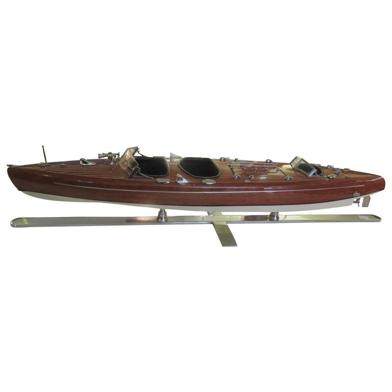 Chris-Craft Scale Model Mahogany Inboard Motor Runabout 1