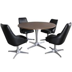 Mid-Century Modern Chromcraft Decorables 1967 Selection Dinette Table and Chairs