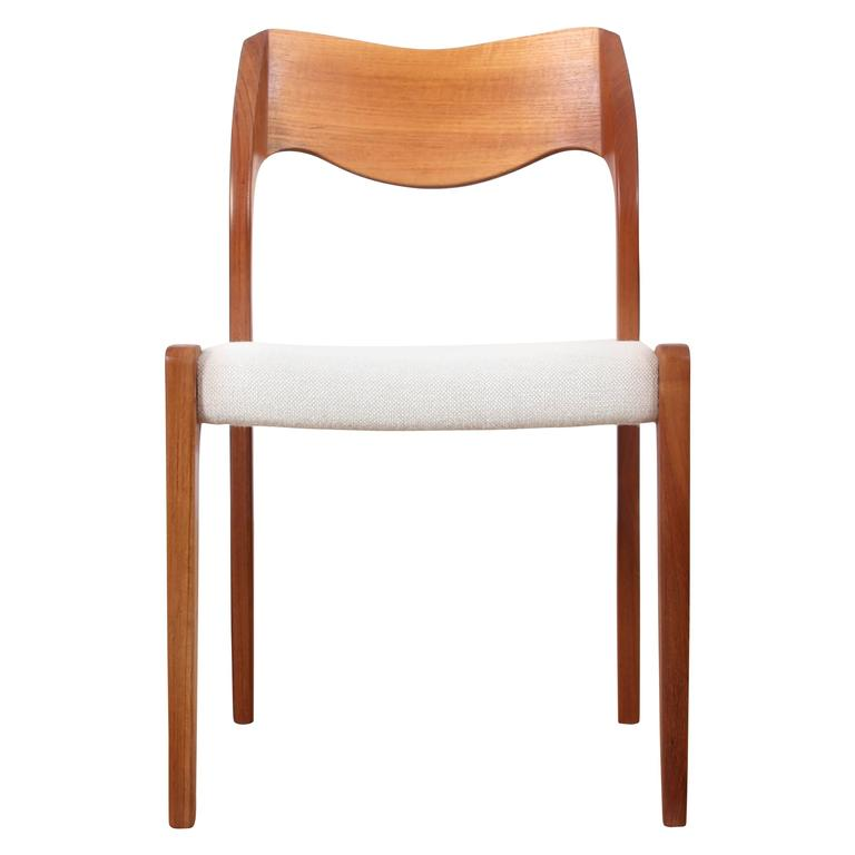 Mid Century Modern Danish Chair In Teak Model 71 By Niels O. Møller