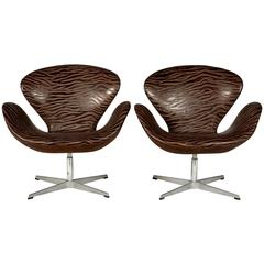 Arne Jacobsen for Fritz Hansen Swan Chairs, Pair