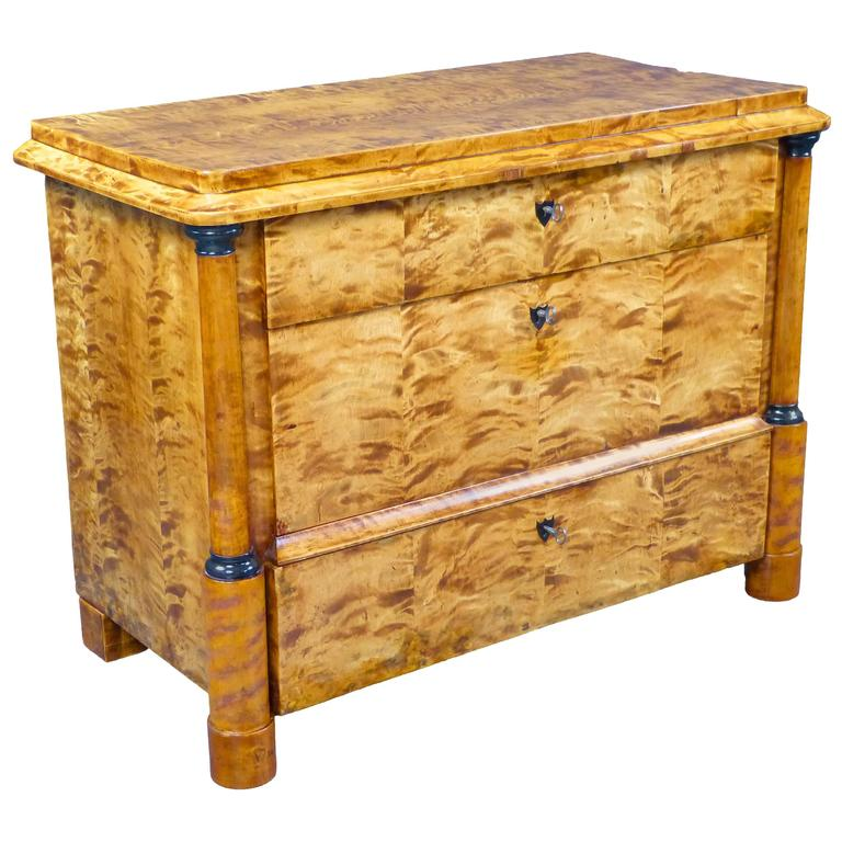 Commode Chest of Drawers 19th Century Biedermeier Tiger Maple