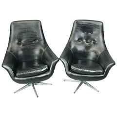 Pair of Mid-Century Modern Eames for Miller Style Lounge Chairs, circa 1950