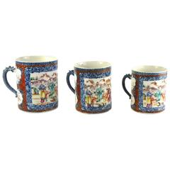 Chinese Export Porcelain Suite of Three Qianlong Period Mugs in Three Sizes