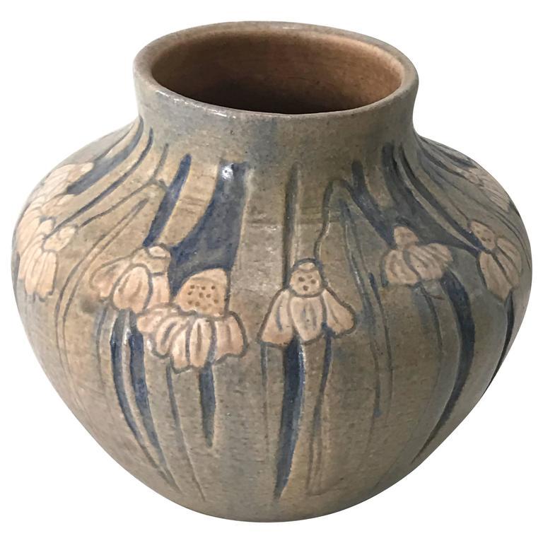 Exquisite Freiwald Pottery Vase