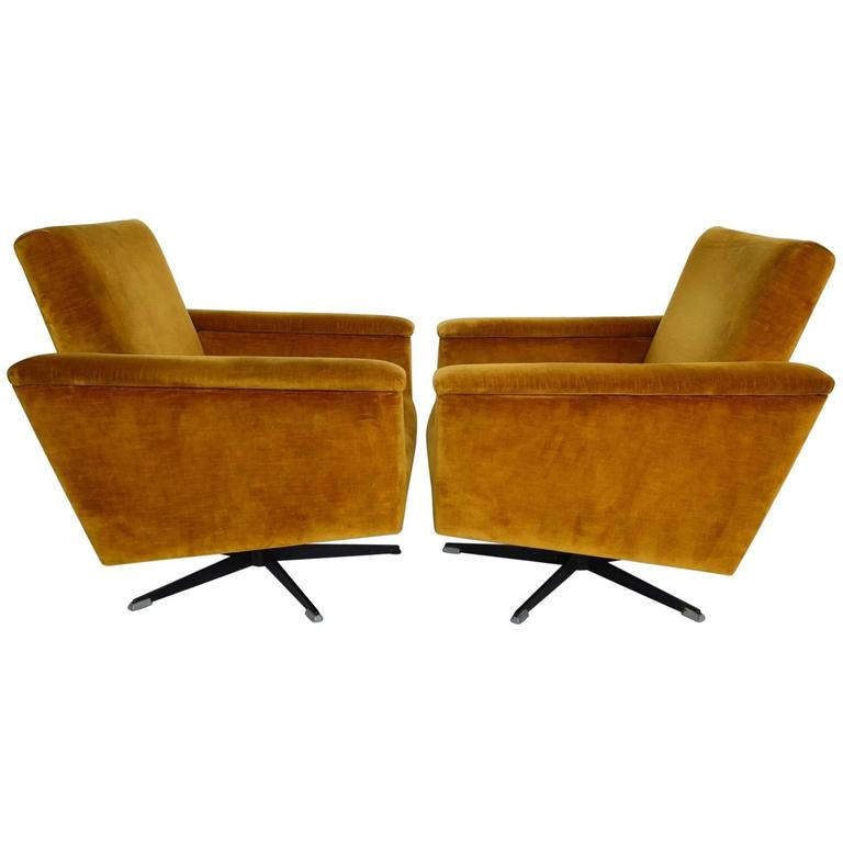 Swiss Mid Century Menu0027s Swivel Club Chairs Or Lounge Chairs In Velvet,  1960s For