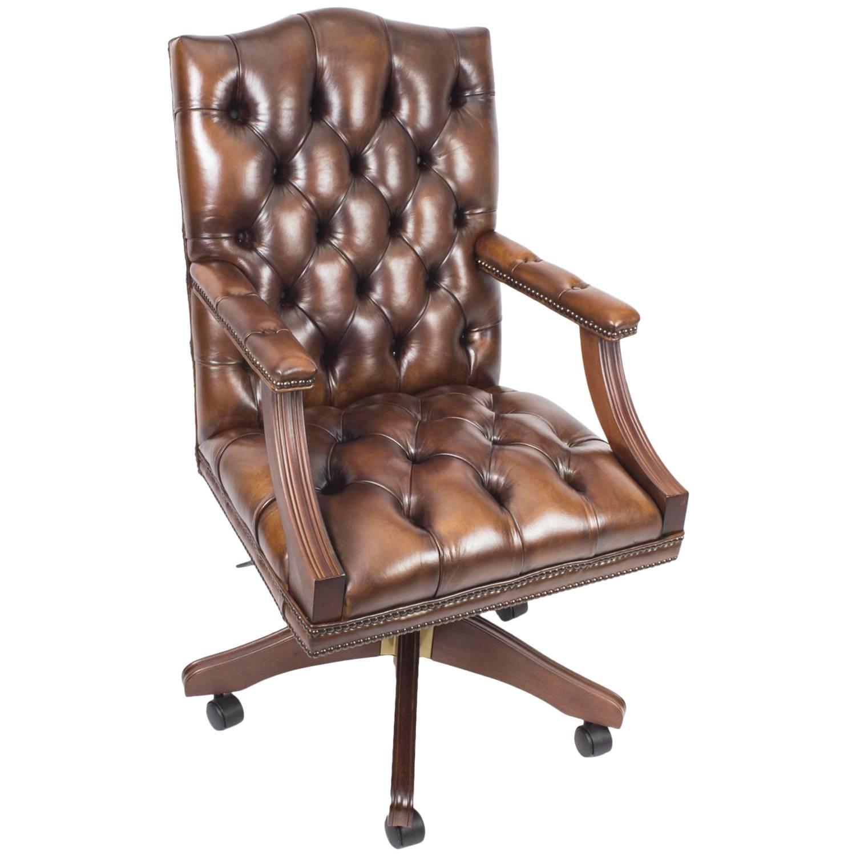Bespoke English Handmade Gainsborough Leather Desk Chair Smoke Brown For  Sale