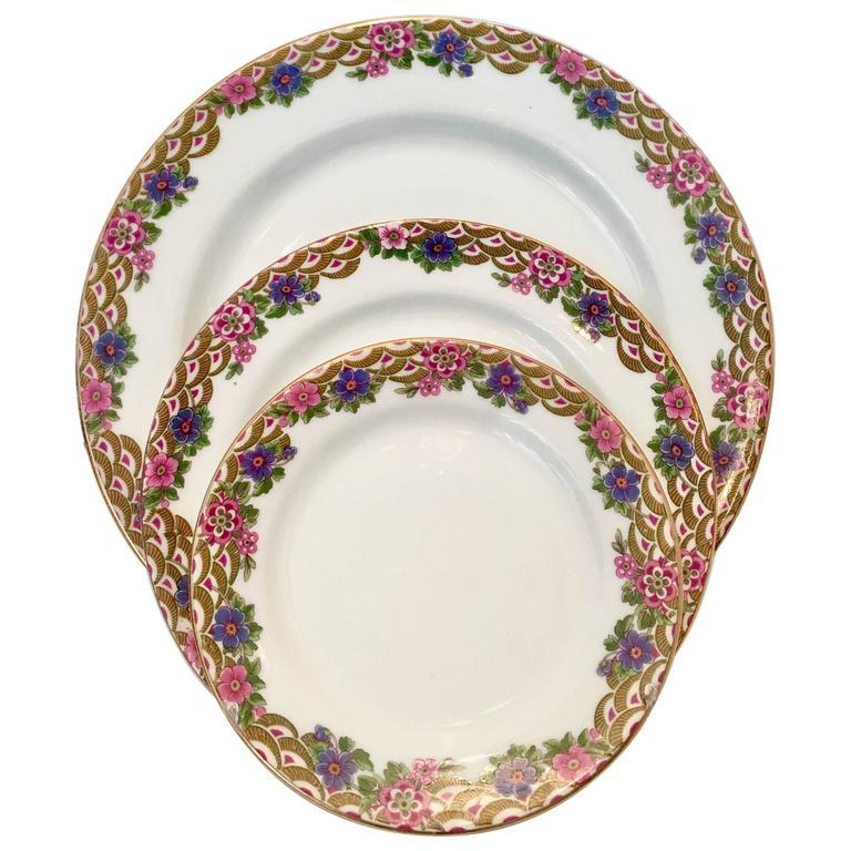 French Art Deco Limoges Porcelain & 24K Gold Dinnerware S/25 By, Jean Pouyat